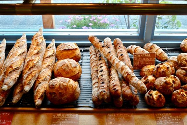 ハード系パンに恋をして 国産小麦のやさしい余韻 / プース・ド・シェフ