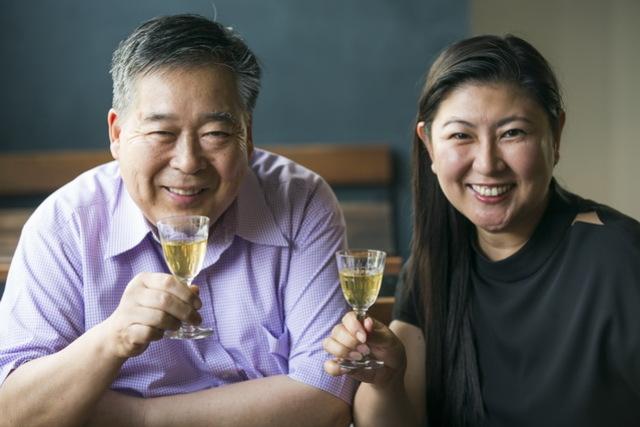 特別発酵対談<2>6年熟成、2回発酵の黄色いワインで「発酵に乾杯!」