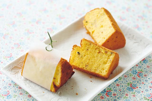 <5>米粉と雑穀のおにぎりシフォンケーキ
