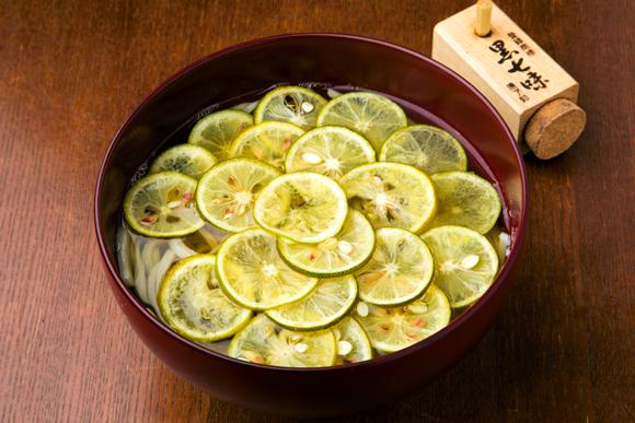 堀田茜さんのイケ麺は「すだちそば」