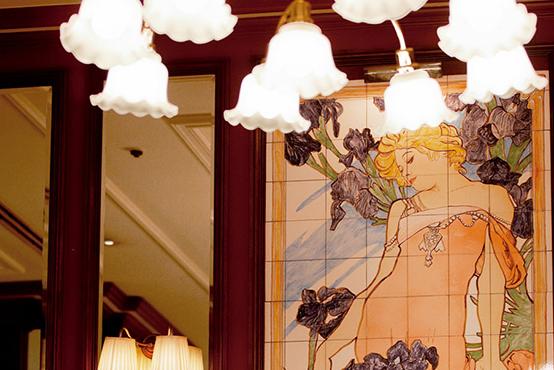 帝国ホテル東京、期間限定の「ミュシャ展」特別メニュー