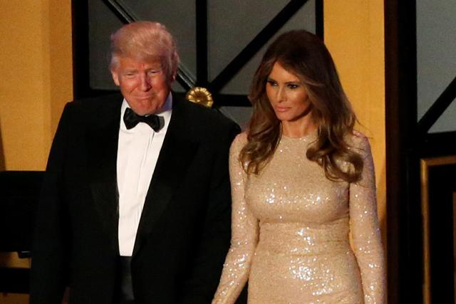 トランプ夫人のドレスから見えてくるもの