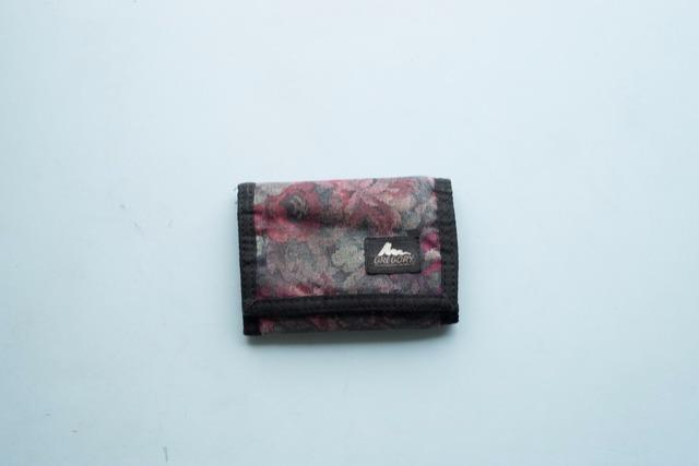 山の財布。結論はグレゴリーのワレット