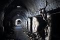 世界遺産に登録されているアレッポ旧市街の巨大なスーク(市場)。戦闘で起きたとみられる延焼の跡が残っていた=10日午後、アレッポ、矢木隆晴撮影