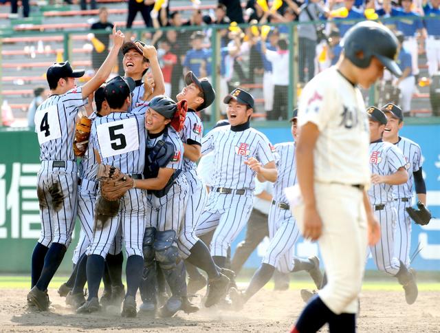 ネットライブ中継で高校野球地方大会の決勝などが …