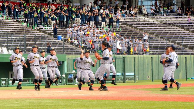 長野)上田西、5年ぶり優勝 北信越高校野球県大会