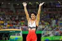 男子種目別跳馬で銅メダルを獲得した白井健三=長島一浩撮影