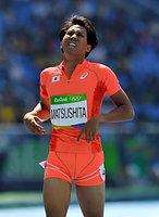 男子400メートル障害予選で敗退した松下祐樹=諫山卓弥撮影