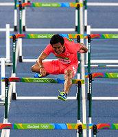 男子110メートル障害で予選敗退した矢沢航=諫山卓弥撮影