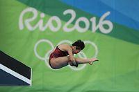 女子高飛び込み決勝で8位に入った板橋美波=西畑志朗撮影