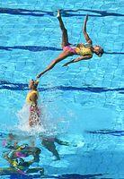 チームで銅メダルを獲得した日本のフリールーティンの演技=竹花徹朗撮影