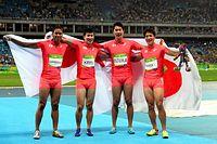 男子400メートルリレー決勝で銀メダルを獲得した(左から)ケンブリッジ飛鳥、桐生祥秀、飯塚翔太、山県亮太=竹花徹朗撮影