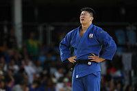 男子100キロ超級決勝戦で敗れ、金メダルを逃した原沢久喜=林敏行撮影