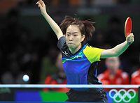 女子団体準々決勝第2試合で、オーストリアを破った石川佳純=長島一浩撮影
