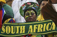 7人制ラグビー男子、米国―ブラジルを観戦するファン=ロイター