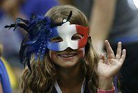 女子バスケットボール、トルコ―フランスを観戦するファン=ロイター