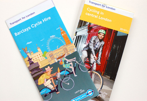 写真:自転車レンタルに関するリーフレットやロンドンのサイクリング・ガイド(どちらも無料)は、観光案内所や地下鉄の駅などで入手できる