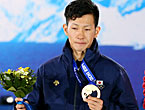 ソチオリンピック(五輪) 平岡「4年後、金や銀を目指す」