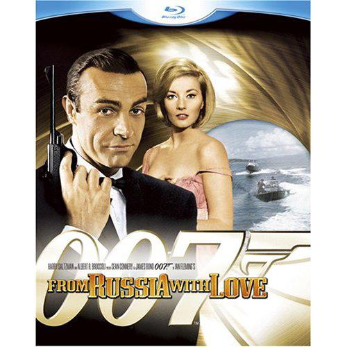 写真:ブルーレイ「007 ロシアより愛をこめて」(20世紀フォックス) 後ろに写っているのがダニエラ・ビアンキ