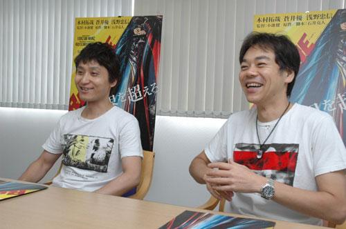 写真:インタビューに答える小池健監督(左)と石井克人さん=2010年9月