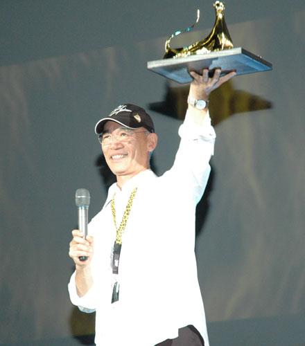 写真:ロカルノ映画祭で名誉豹賞を受賞した富野由悠季監督=2009年8月、小原写す