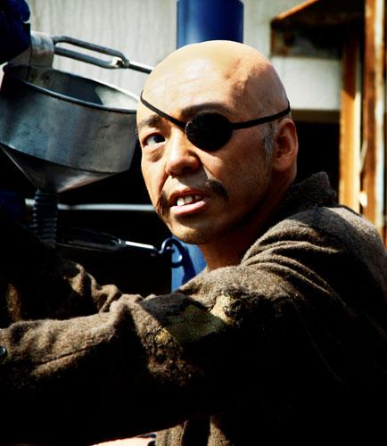 写真:「あしたのジョー」の丹下段平(香川照之) (C)2011 高森朝雄・ちばてつや/「あしたのジョー」製作委員会