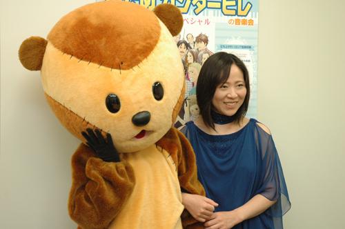 写真:「のだめカンタービレの音楽会」に出演するバイオリニスト島田真千子さん(右)を取材しました=今年6月撮影