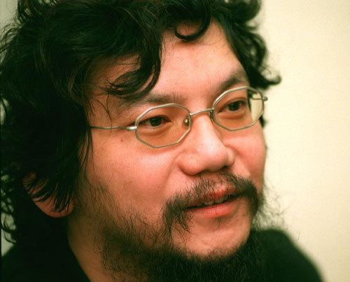 写真:「彼氏彼女の事情」のころ取材した庵野秀明監督=1999年撮影