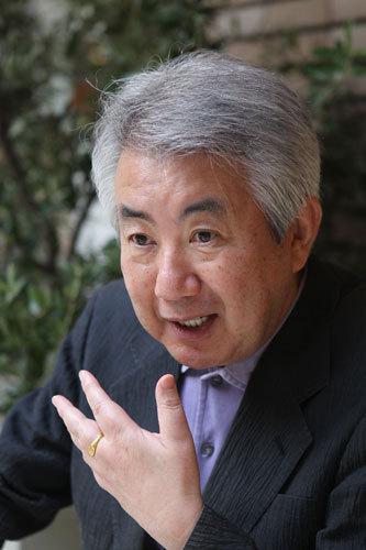 写真:12月10日に70歳で亡くなった脚本家の市川森一さん=2010年撮影