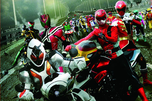 写真:「仮面ライダー×スーパー戦隊 スーパーヒーロー大戦」から