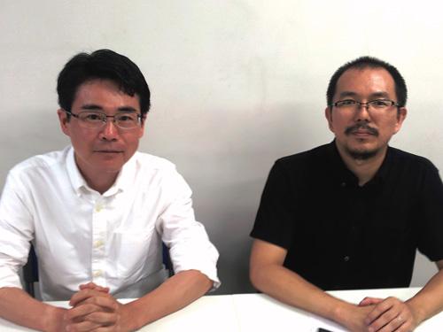 写真:放送終了直後の藤津亮太さん(右)と私。前半のニュースコーナーを担当した「アニメ!アニメ!」数土直志編集長に撮ってもらいました