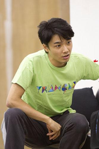 写真:「TRIANGLE VOL.2 〜探し屋ジョニーヤマダ〜」稽古場より=撮影・岩村美佳