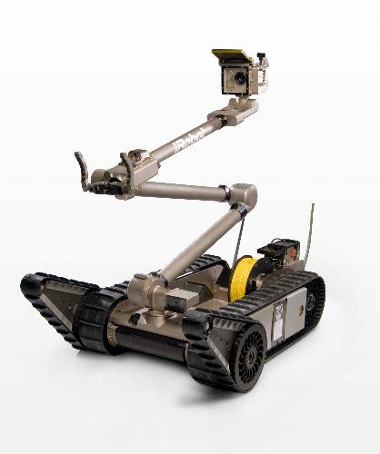 写真:米アイロボット社のパックボット=同社提供