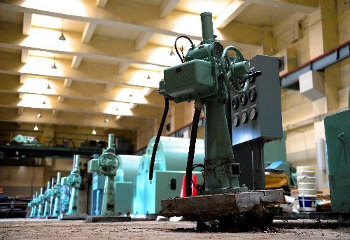写真:津波で破壊された仙塩浄化センターの施設=1日、宮城県多賀城市、竹花徹朗撮影