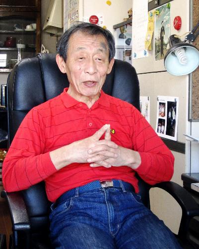 写真:「暴発阻止行動隊」を呼びかけている山田恭暉さん=東京都内の自宅