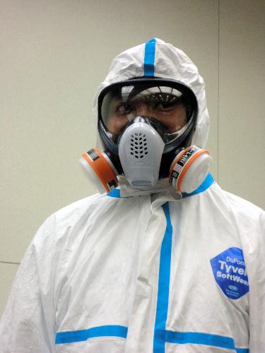 写真:福島第一原発の作業員の服装