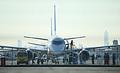 初飛行を前に最終チェックを受けるMRJ=11日午前8時25分、県営名古屋空港、細川卓撮影