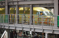 地上試験では、エンジンが取り付けられていない点を除き、完成機とほぼ同じ機体が使われる=2014年8月、愛知県豊山町