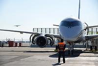 エンジンの試運転をするMRJ=2015年1月、三菱航空機提供