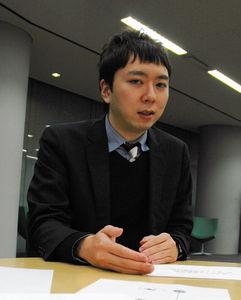 写真:天野彬さん=東京都港区、赤田康和撮影
