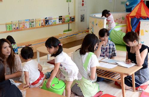写真:福島県から山形市に母子避難している人たちの交流拠点「ふくしま子ども未来ひろば」。母親たちが一時預かりや読み書き教室を運営、イベントも手がける=20日、山形市香澄町、西村隆次撮影