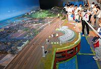 赤レンガ倉庫の北棟に制作された、日本最大級の鉄道ジオラマ=2015年7月30日、敦賀市金ケ崎町、大野正智撮影