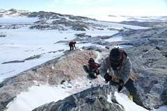 超大陸ゴンドワナの謎に迫る地質調査