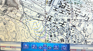 写真:名古屋市千種区、昭和区周辺の大正時代の地図(左側)と最近の地図(右側)。昔は森や畑が広がっていた