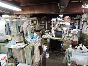 写真:銚子電鉄本社。奥が仲ノ町駅とつながっている