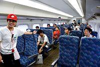 7号車には、視察などのために座席が設けられている=2014年7月26日午後、浜松市、福留庸友撮影