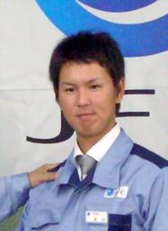 写真:横浜の1巡目指名を受けたJFE東日本の須田幸太=千葉市中央区