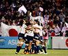 リオ五輪の出場を決め、喜び合う日本の選手たち=林敏行撮影