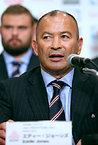 日本代表メンバーを発表後、W杯への意気込みを語るエディ・ジョーンズヘッドコーチ=2015年8月31日、西畑志朗撮影