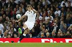 コンバージョンゴールを狙うイングランドのファレル=ロイター